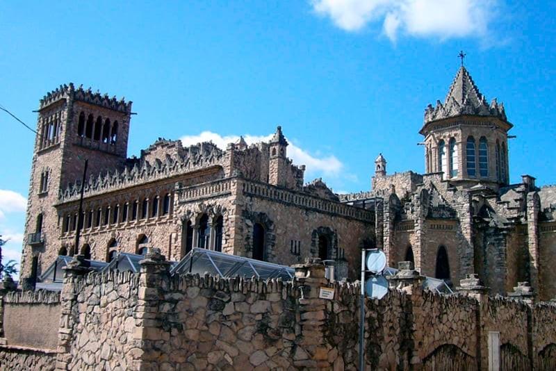 visita castillo con alquiler autocaravanas anoia