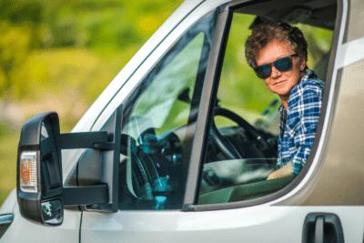 Furgonetes Camper per a viatjar: perfectes per a anar de vacances amb amics i passar-ho en gran