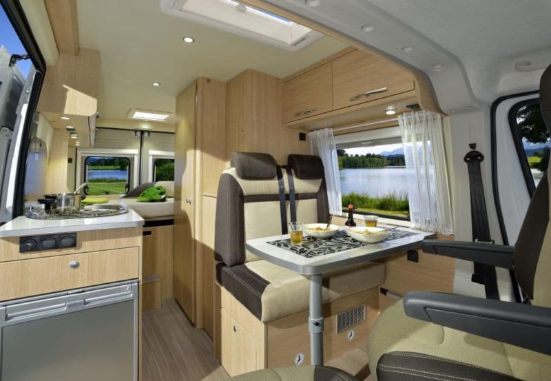 Interior Camper autocaravana petita V600